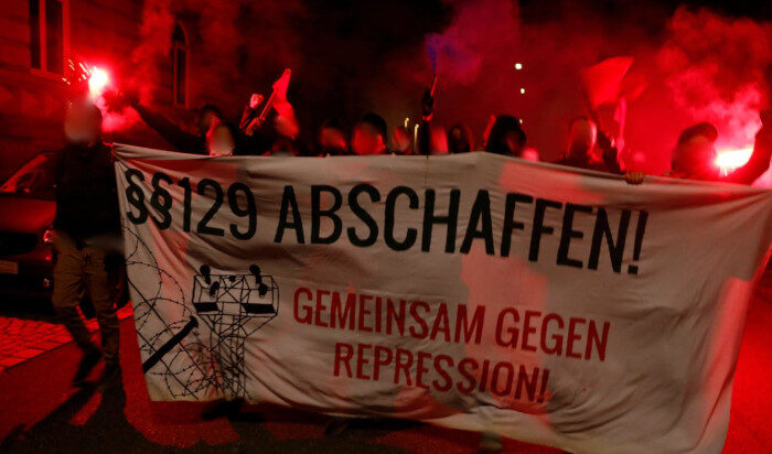 Kriminell ist der Kapitalismus, nicht der Widerstand dagegen! – Solidarität mit dem Roten Aufbau Hamburg!