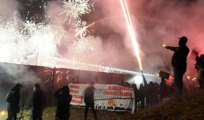Bericht: Silvester am Knast in Stammheim