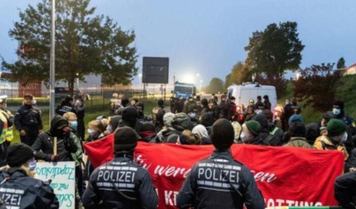 HECKLER & KOCH BLOCKIEREN – Video und Bericht von den Protesten in Oberndorf